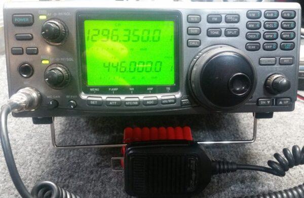 ICOM 910H Transceiver